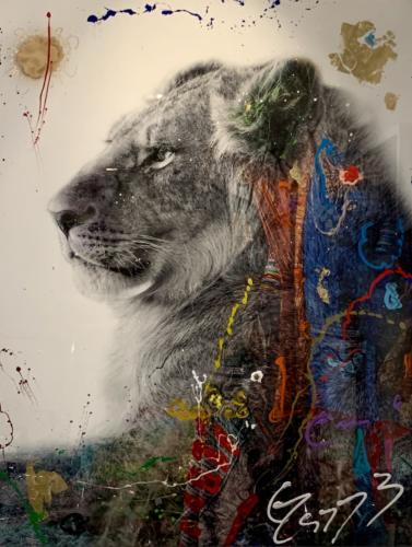 Ari, Lion, by Arno Elias. Hand painted Gold leaf and diamond dust. 43.5 x 55