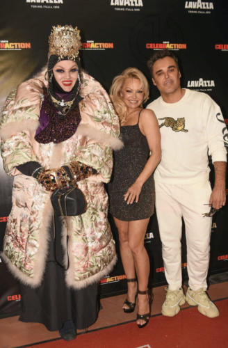 Daniel Lismore, Pamela ANdreson and David Lachapelle (Photo Courtesy by worldredeye)
