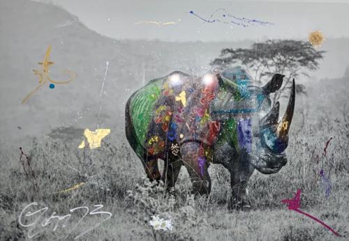 Kifaru, Rhino, by Arno Elias. Hand painted Gold leaf and diamond dust. 79 x 57