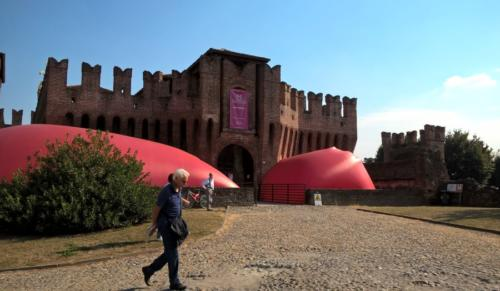 RED – Emotional Space by Stefano Ogliari Badessi for the Biennial of Soncino, a Marco (2015).