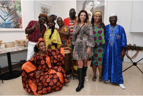 The Sagamore Hotel Owner Ronit Neuman and Delou Africa Dance Ensemble. photo credit World Red Eye
