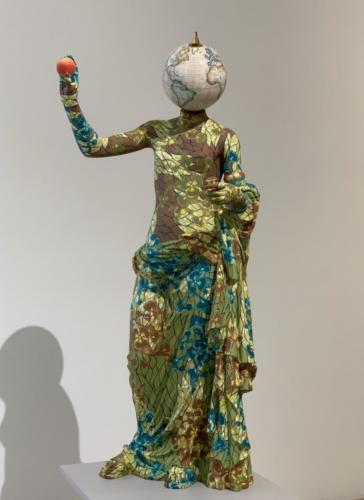 Venus de Arles, by Yinka Sonibare, 2018 .